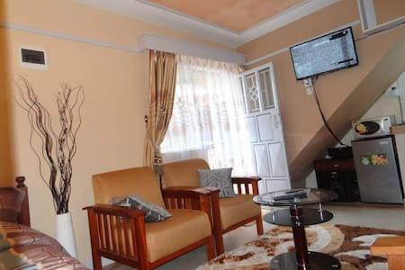 RUAKA FULLY FURNISHED STUDIO - Ruaka Town - Daire