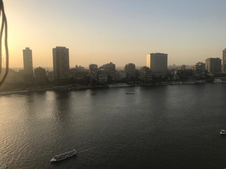 Amazing Nile View apartment 15-floor Cairo Center