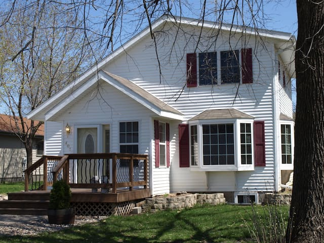 The Pepin Cottage