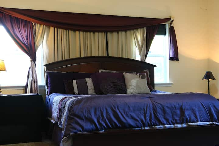 Entire Master Suite in  Immaculate Home Nr Gath Pl