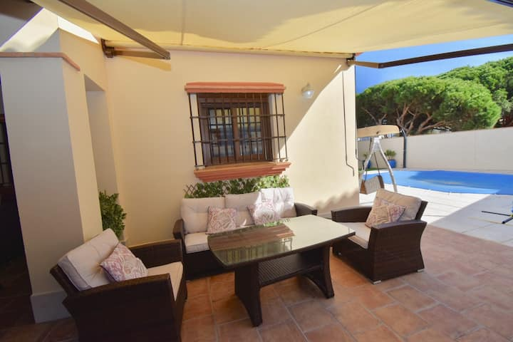 Big Villa for up to 12 people in la Barrosa Beach