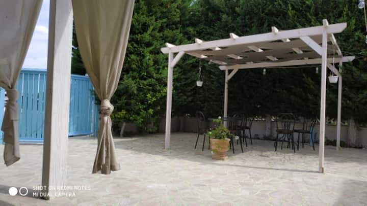 Maison de 3 chambres à Torre Colimena, avec jardin clos - à 500 m de la plage