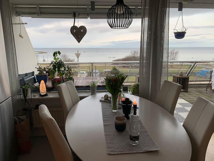 Lägenhet med havsutsikt på Snäck, Visby