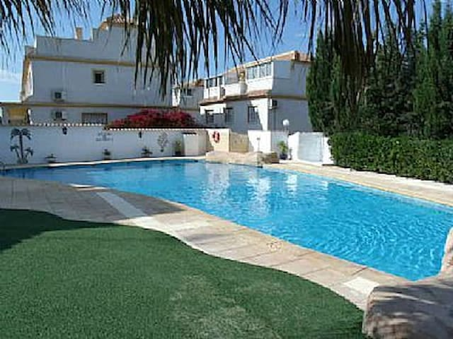 Great House Andrews Heights Algorfa - Orihuela - Talo
