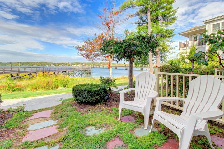 Dog-friendly, waterfront suite w/ river access near Wiscasset