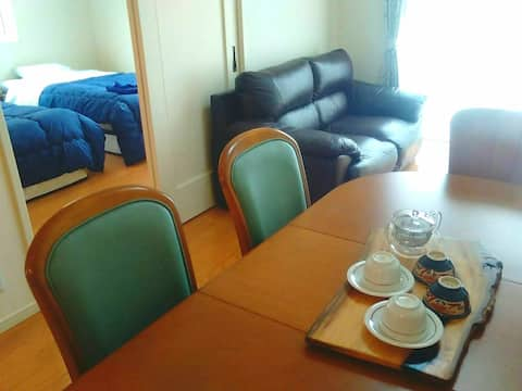 Comfortable local stay Max 8 people !
