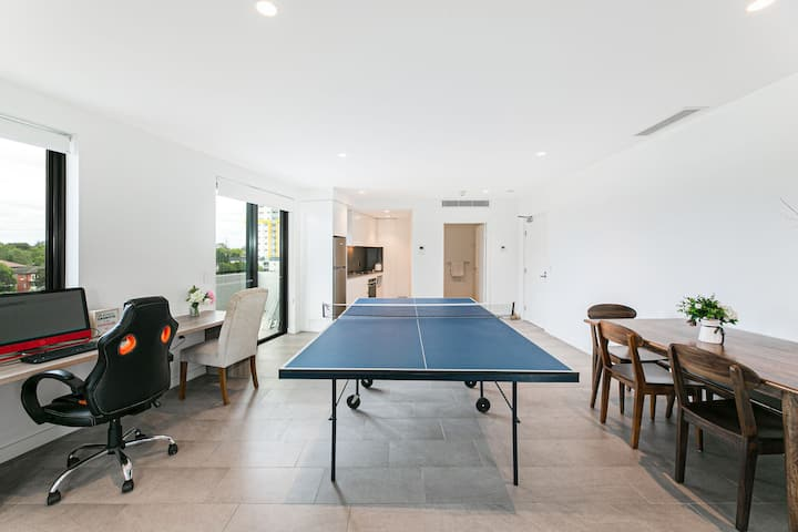 Strathfield luxury house with table tennis