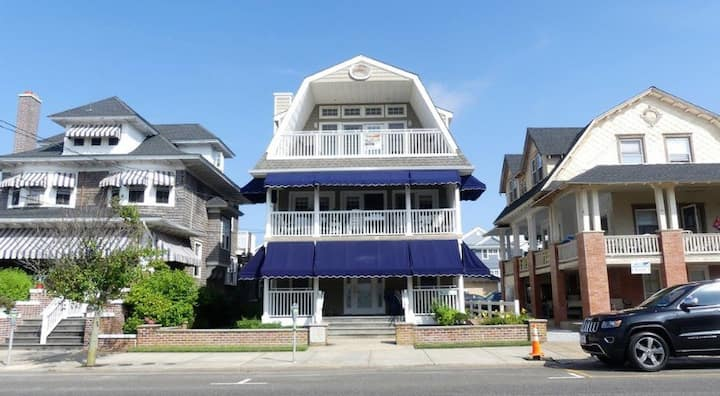 Classic Ocean City charm in a great location!!!