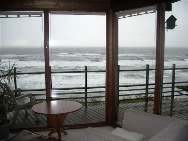 The ocean from the living room