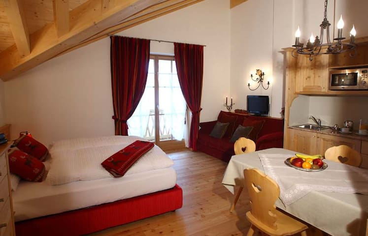Ski and Relax in Marmolada - Rocca Pietore - Appartement