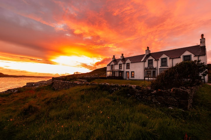 Lagmore House, large ocean front home on Islay
