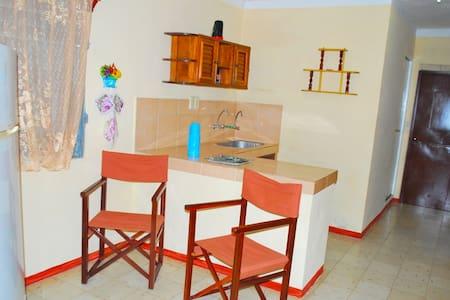Casa Yoandis y Yuleidy en Casilda, CASA ENTERA - Casilda - Talo