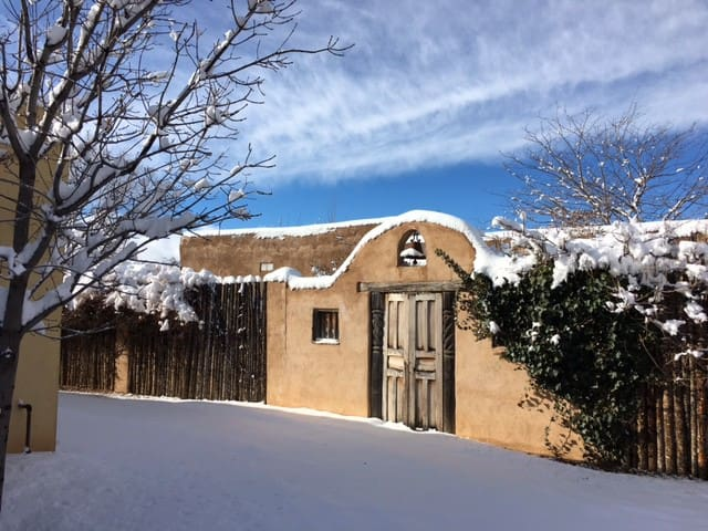 Charming Adobe Close to Plaza - Santa Fe - Haus