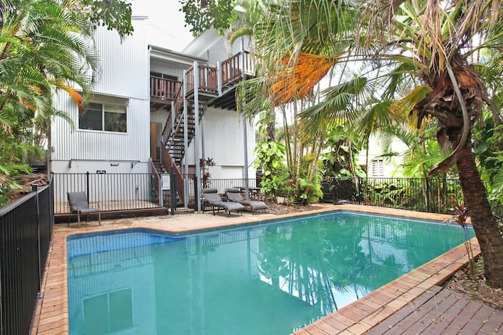 Mayfield 23 - 5 Bedroom home in Alexandra Beach, Pool and  Pet Friendly