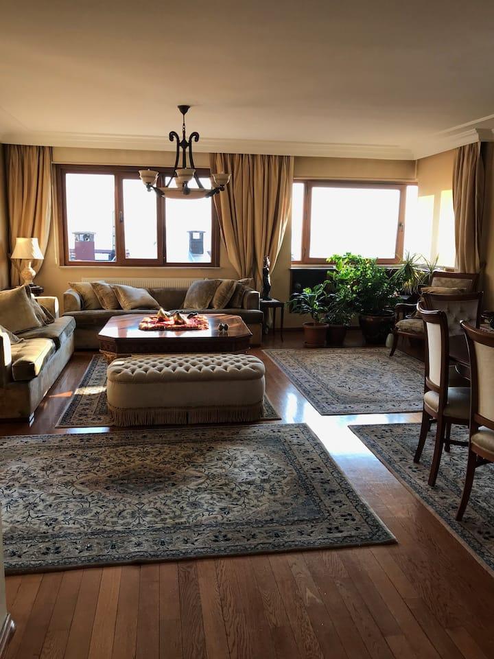 Dublex flat with a magnificient Bosphorus view