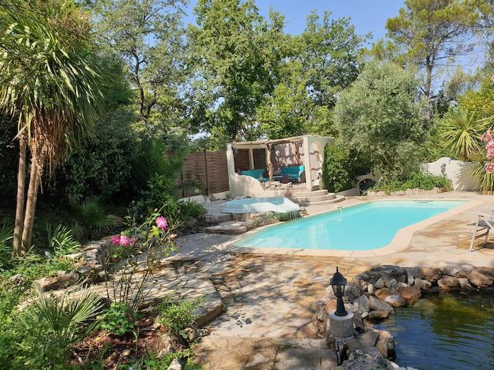 Maison indépendante type mexicaine avec piscine