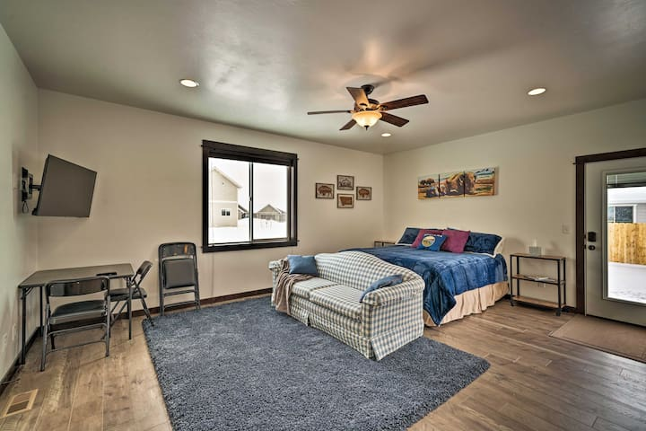 This living space is welcoming and comfortable.