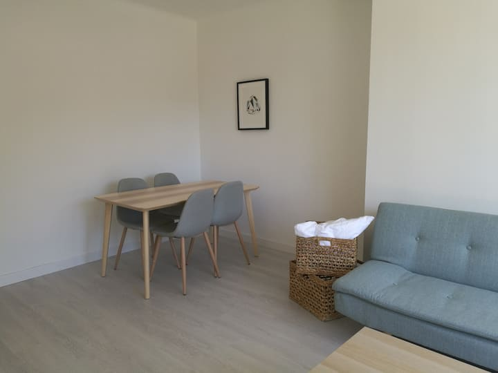 Chambre (n°3) dans grand appartement Avignon/Tram