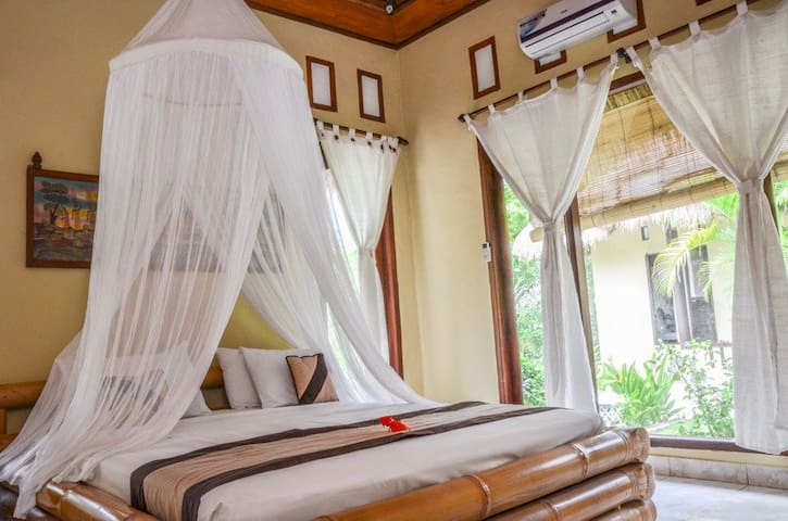 STD Room02 Tamarind beach Bungalow, Nusa Lembongan