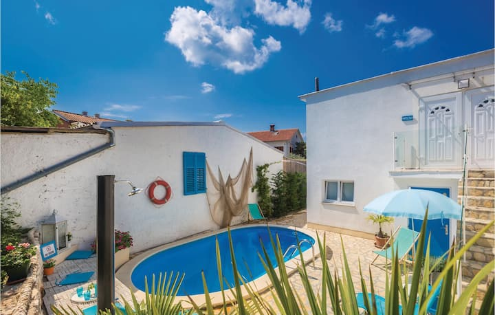 Awesome home in Malinska with WiFi and 2 Bedrooms