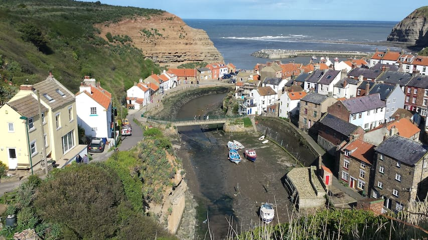 The most famous view of Staithes - we're on the left above the bridge