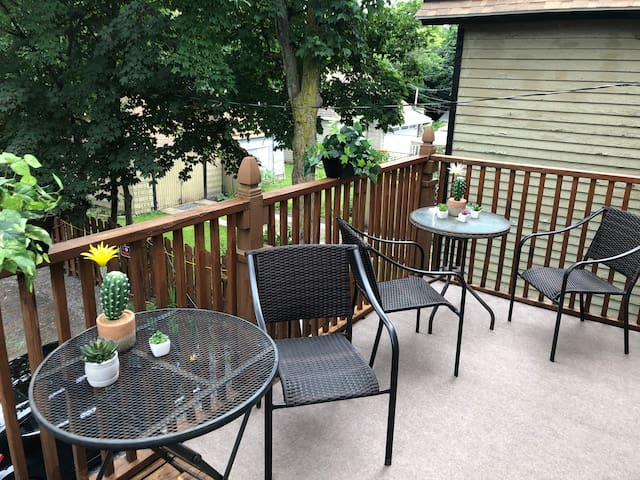 Private upper deck for morning coffee or evening wine