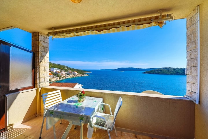 Apartment Ivan - Apartments with Panoramic Sea view: A1(2+2) Vinisce, Riviera Trogir