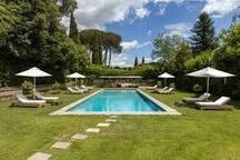 piscina del circolo golf club Olgiata