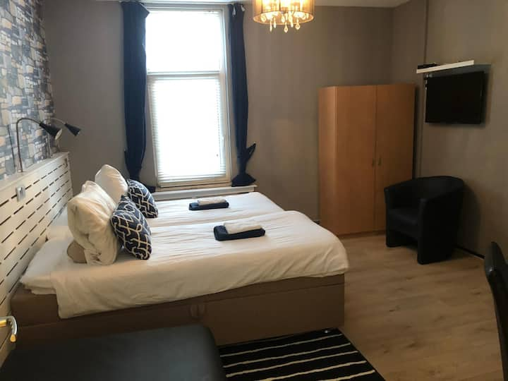 Nice room 100m from the Beach, Boulevard, Kurhaus