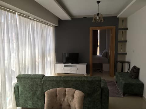 *Cosy Apartment in the heart of İzmir w/Smart Tv