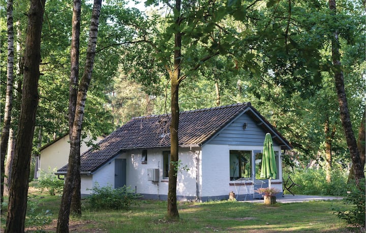 Holiday cottage with 1 bedroom on 38m² in Stramproy