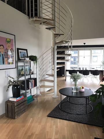 Stor og moderne leilighet sentralt i Stavanger