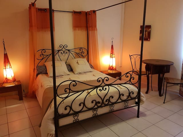 "Chambre ""Africa"""