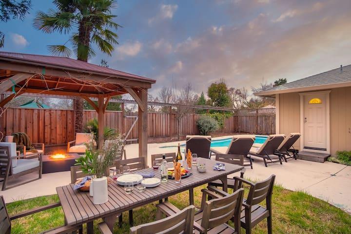 Glen by AvantStay | Sleek & Charming Home in Wine Country w/ Pool & Hot Tub