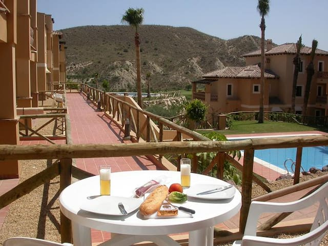 Sleeps 4, Tamarillas, Valle del Este Golf Resort - Vera - Appartement
