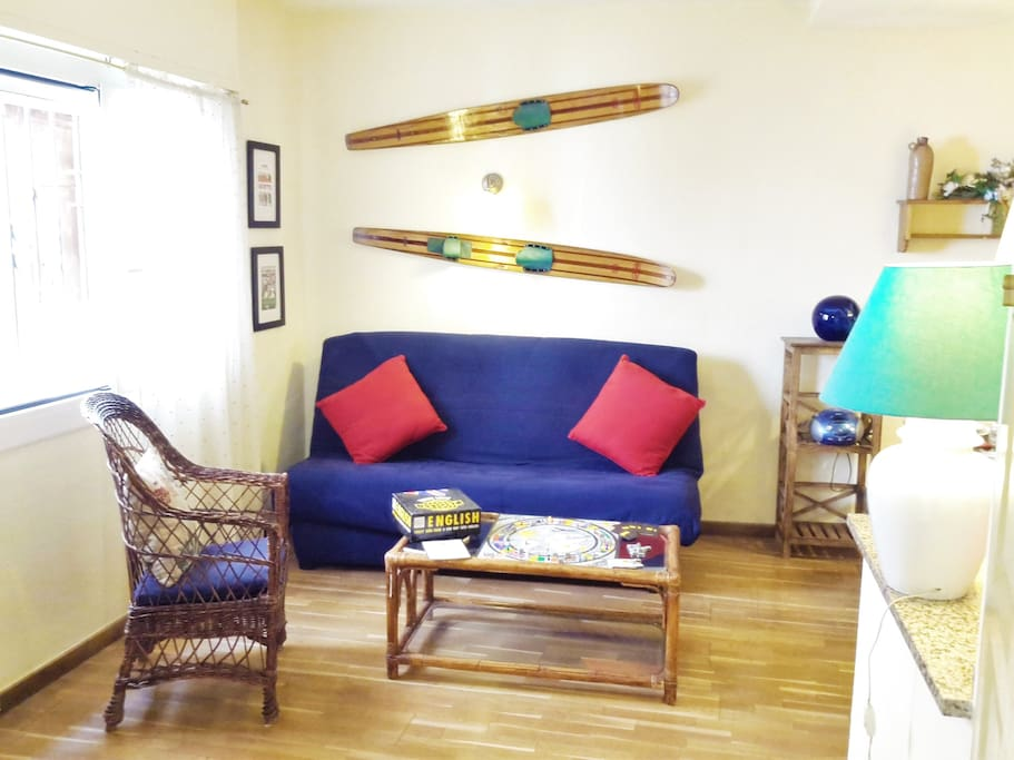 living/dining room, sofa bed for 2 persons, TV, Wifi-internet for free