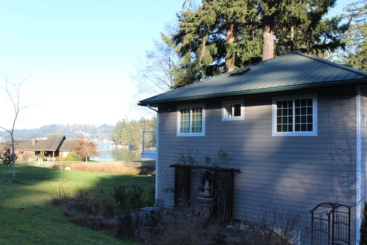 Liberty Bay View Studio Apartment - Poulsbo - Daire