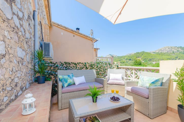 CAN DAMIA  - Chalet with terrace in S´Arracó. Free WiFi