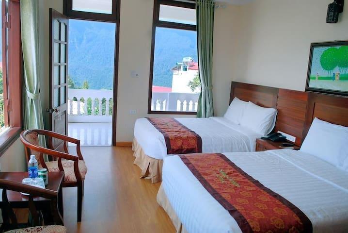 Phòng tiêu chuẩn 2 giường hướng núi