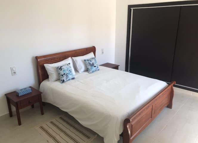 Modern new luxury 3bedrooms flat near Le Méridien