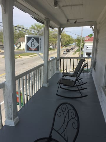 The City Roost-1 BR Apt with balcony on 8th St