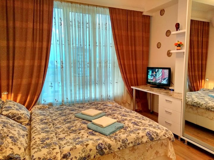 Cozy apartment in the heart of Chisinau. SKY HAUSE