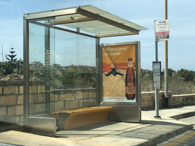 Bus stops to Gozo and Valletta a two minute walk.