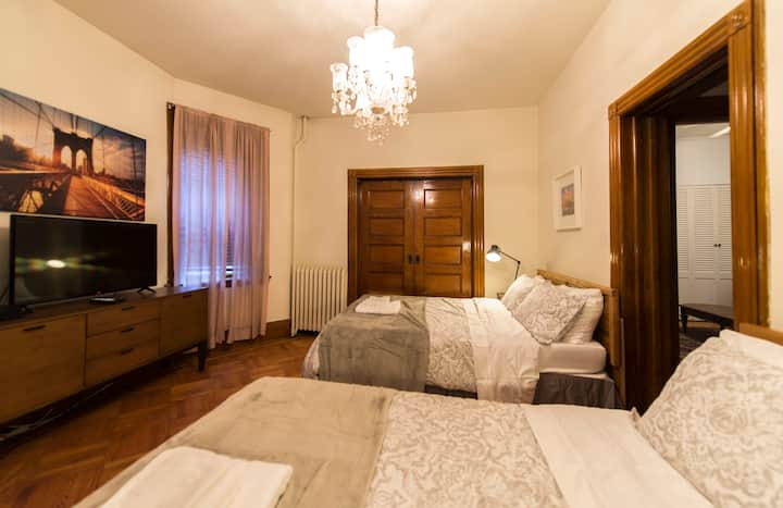 644C Private Bedroom 10 mins to NYC Time Square