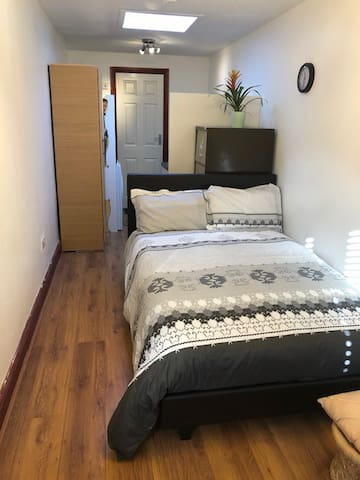 Comfortable Stay - For a Home like Experience