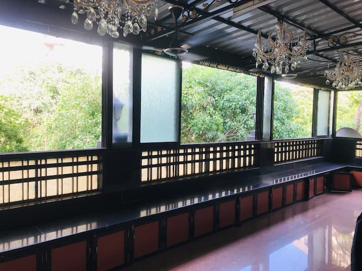 Cozy Room in Bandra/khar