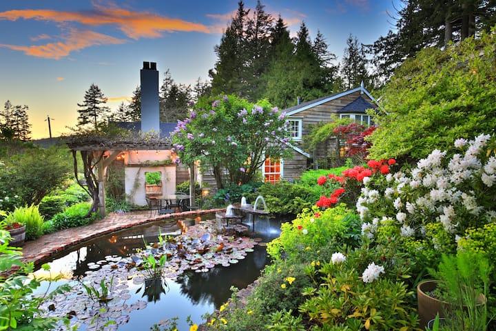 Sooke Cedar House - Aletheia Suite