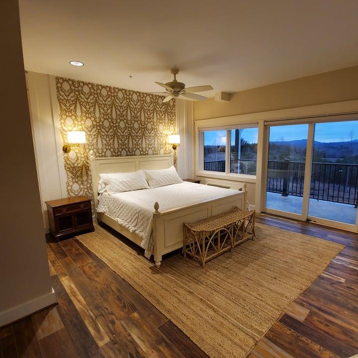 Bedroom 1 at The Big Creek Lodge