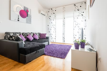 Modern apartment Sara Solin - Solin - Wohnung