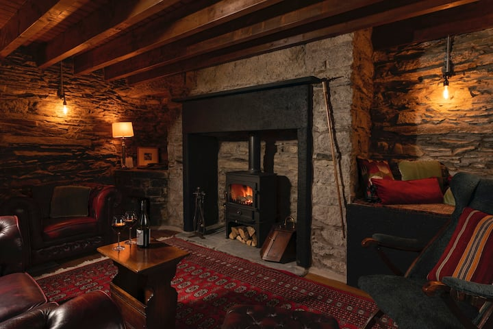 Romantic rural couples retreat in the stunning village of Crosthwaite, Lyth Valley